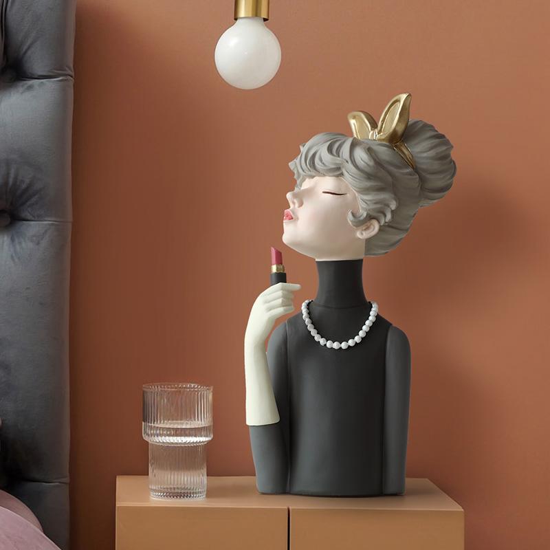 Figurki ozdobne ceramiczne nordyckie dama dziewczyna ze szminką.jpg